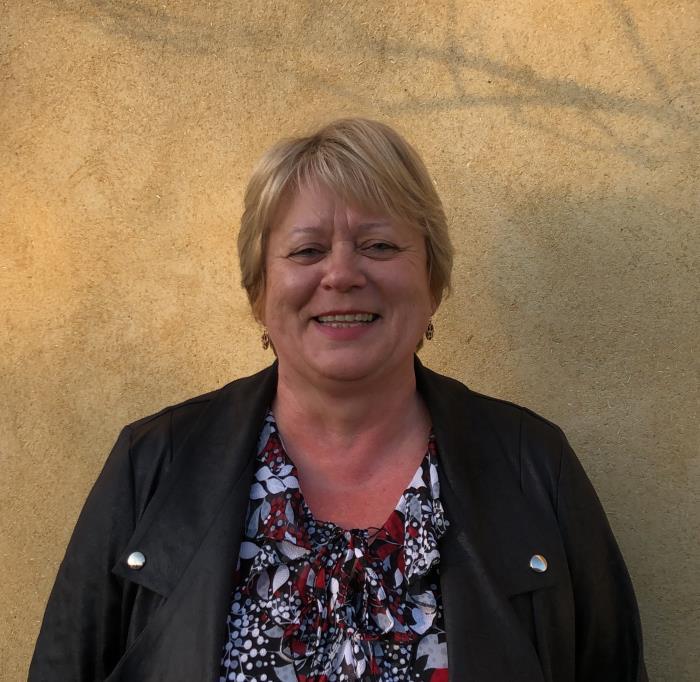 Agnès BRÉGENT, 1ère adjointe (administration générale & ressources humaines)